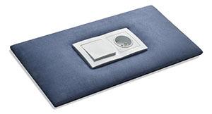 Wykonanie otworu na kontakt w panelu tapicerowanym